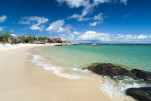 Groote Eylandt - Crystal clear calm beach - Luxury Private Air