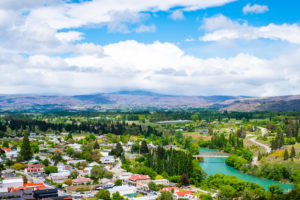 Clyde - lush country landscape - Luxury short breaks South Island
