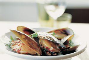 New Zealand - fresh green lipped mussels - Luxury short breaks New Zealand