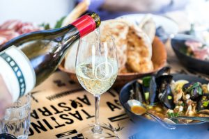 Coffin Bay - locally sourced seafood lunch and wines - luxury short breaks South Australia
