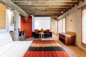 Hobart - Henry Jones Art Hotel Deluxe Spa Room - Luxury Short Break Australia