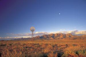 Flinders Ranges – the beautiful colours of the Flinders Ranges – Outback Australia Luxury Short Breaks