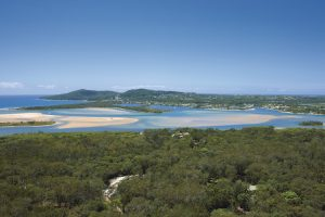 Noosa - Noosa River lakes system - Luxury short breaks Queensland