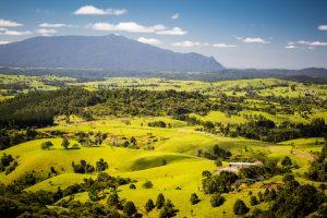 Atherton Tablelands - Millaa Millaa View over the valley - Luxury solo tours