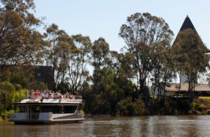 Goulburn Valley - Goulburn River cruising in style - Luxury solo tours