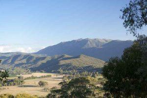 Myrtleford - Alpine Views - Luxury solo tours