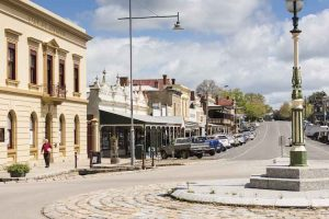 Beechworth - gold-mining history and heritage architecture - Luxury short breaks Victoria
