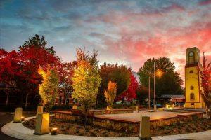 Bright - War Memorial at dawn - Luxury short breaks Victoria