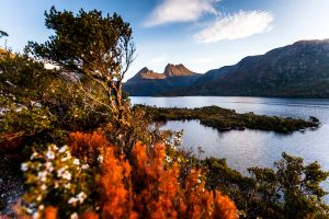 Cradle Mountain - views of the mountain and Dove Lake on a clear day - Luxury solo tours